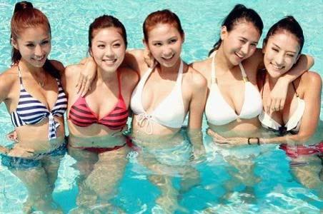 夏季游泳禁忌 女性经期忌游泳